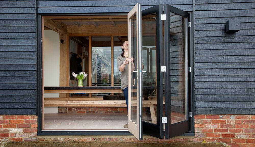 bi-fold-doors-(2)